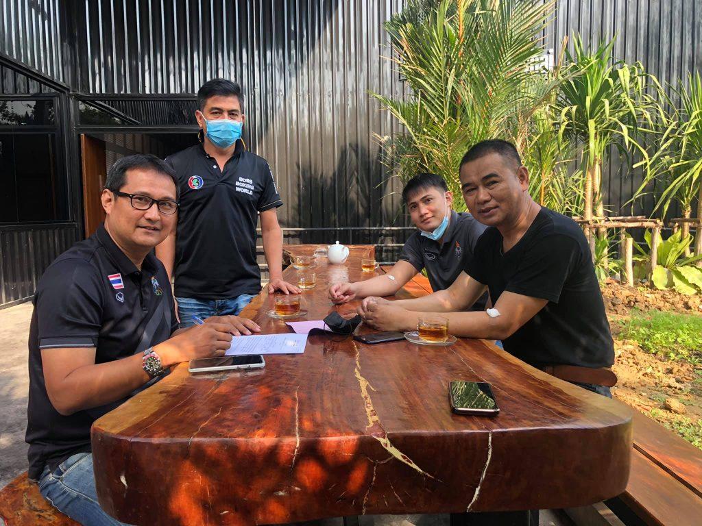 ศึกจ้าวมวยไทย ทำการตรวจคัดกรองโควิด